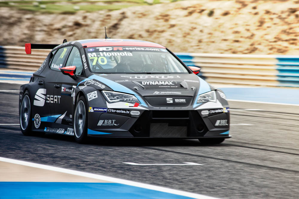 TCR Bahrain 2016  – Flash news n.1 – Practices