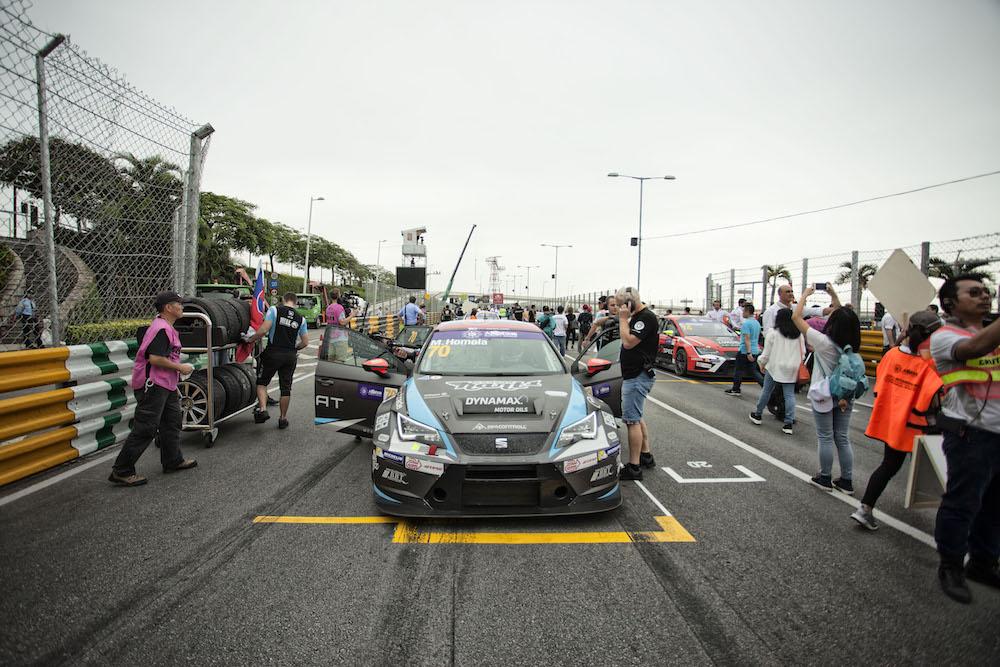 Dramatic finish of the TCR season for Mato Homola in Macau